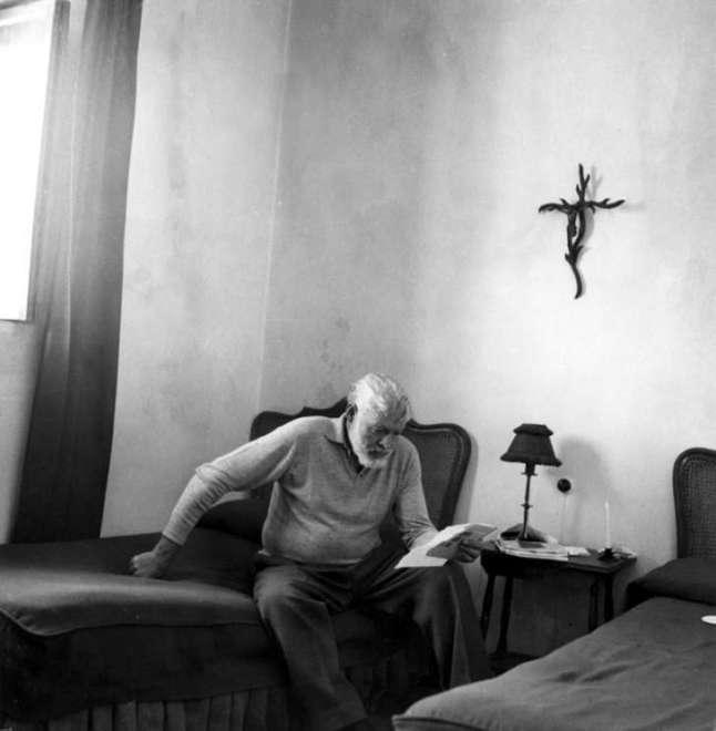 Ernest_Hemingway_in_Spain,_1959